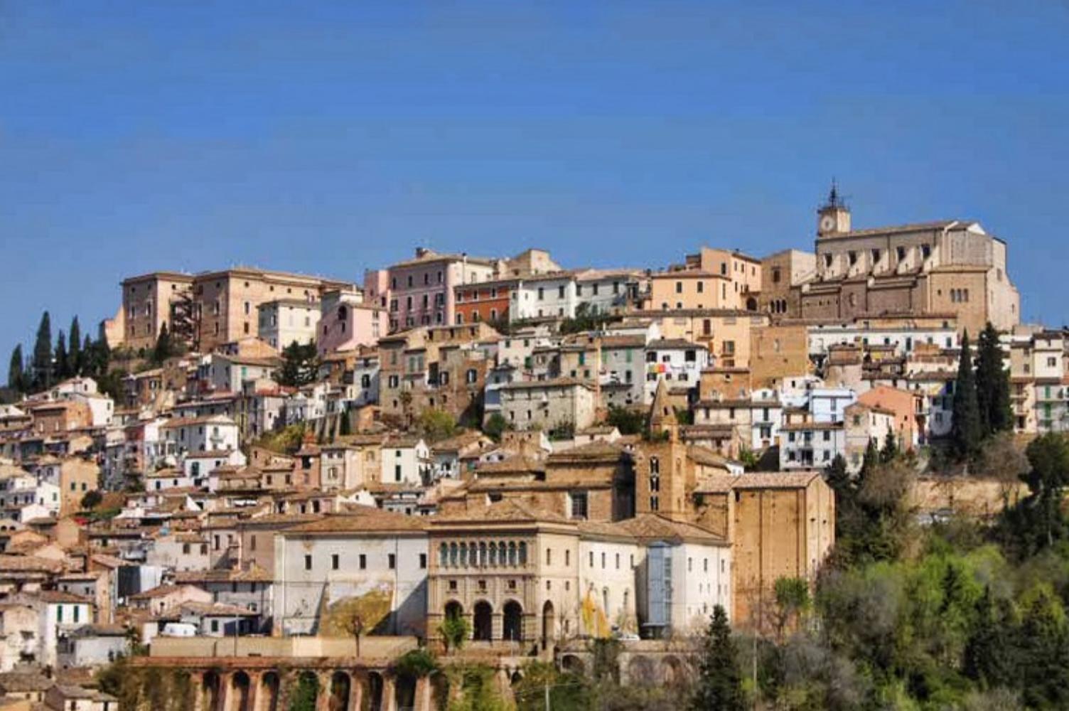 Alla scoperta dell'Abruzzo con Brickscape: Esperienze e Tappe imperdibili