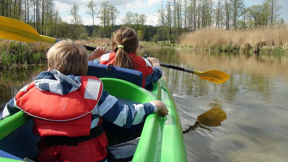 4 luoghi in Piemonte dove fare canoa con i tuoi bambini in tutta sicurezza