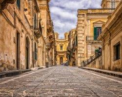 Tour Sicilia: scopri il barocco siciliano e la Val di Noto.