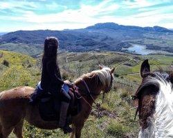 Vacanze a cavallo: 3 giorni di emozioni nella Sicilia più selvaggia