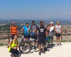 Tour in e-bike in Umbria  alla scoperta di Assisi e dintorni