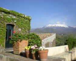 Degustazione dei vini Etna a Viagrande