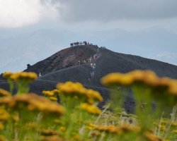 Trekking sul versante nord dell'Etna emozioni ad alta quota