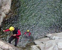 Canyoning lungo il torrente Artogna in Piemonte: Livello Expert