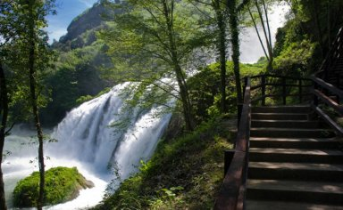 UMBRIA - NATURALISTIC TOUR OF MARMORE FALLS