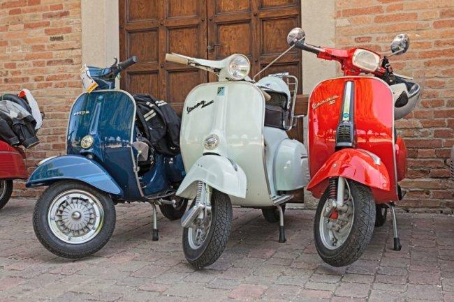 Vespa and Chianti Tour